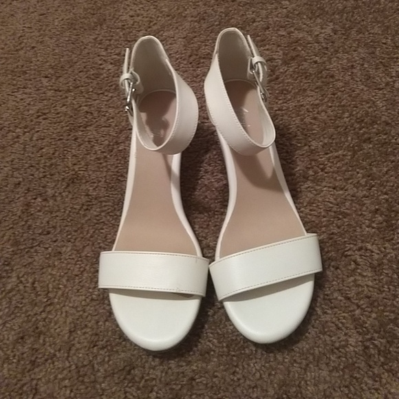 c6900b5e61a1 FIONI Clothing Shoes - White wedge sandals
